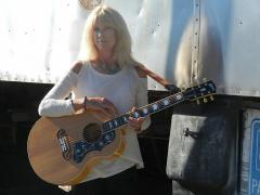 Nancy Northrup, kdrt, listening lyrics, pieter pastoor