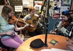 Donut Exchange, live music, community radio, listening lyrics, Bluegrass, folk music, irish music,